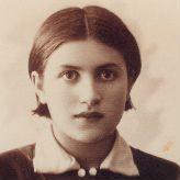 Carolina Varzabetian